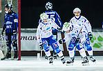 Uppsala 2014-11-15 Bandy Elitserien IK Sirius - IFK V&auml;nersborg :  <br /> V&auml;nersborgs Joakim Hedqvist firar sitt 0-3 m&aring;l med lagkamrater under matchen mellan IK Sirius och IFK V&auml;nersborg <br /> (Foto: Kenta J&ouml;nsson) Nyckelord:  Bandy Elitserien Uppsala Studenternas IP IK Sirius IKS IFK V&auml;nersborg jubel gl&auml;dje lycka glad happy
