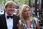 Nederland, Den Haag, 29-05-2008 - Prins Willem Alexander en prinses Maxima komen aan bij Theater Diligentia waar de prins later de Koning Willem I prijs zal uitreiken. FOTO: Gerard Til