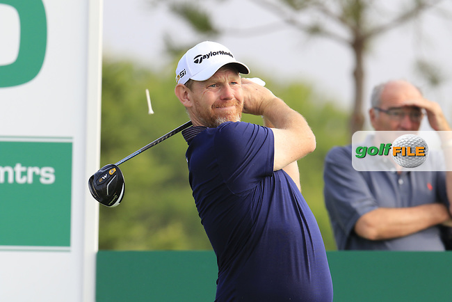 Stephen Gallacher (SCO) tees off the 15th tee during Thursday's Round 1 of the 2016 Portugal Masters held at the Oceanico Victoria Golf Course, Vilamoura, Algarve, Portugal. 19th October 2016.<br /> Picture: Eoin Clarke | Golffile<br /> <br /> <br /> All photos usage must carry mandatory copyright credit (&copy; Golffile | Eoin Clarke)