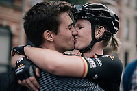 a victory kiss for Jolien d'Hoore (BEL/Wiggle-High5) as she wins her 2nd national elite title<br /> <br /> 2017 National Championships Belgium WE - Elite Women - Road Race (NC)<br /> 1 Day Race: Antwerpen &gt; Antwerpen (102km)
