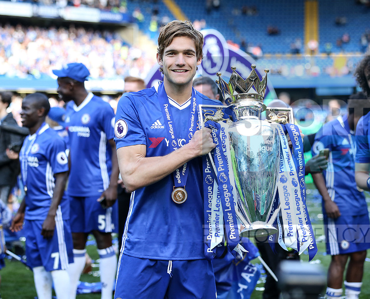 Chelsea's Marcos Alonso with the trophy during the Premier League match at Stamford Bridge Stadium, London. Picture date: May 18th, 2017. Pic credit should read: David Klein/Sportimage