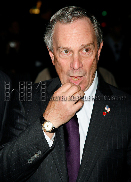 Mayor Michael Bloomberg. Attending the Showtime & Broadway Cares Equity Fights Aids Benefit Screening of LIZA WITH A Z at the Ziegfeld Theatre in New York City..Liza Minnelli celebrated her 60th Birthday with the Restoration of the 1972 classic television Concert event directed by Bob Fosse. After the screening MAC VIVA GLAM presented a check for $25,000..March 13, 2006.© Walter McBride /