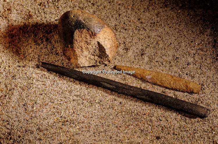 DOH; The Most Ancient Americans, Tools, Flaked Hearthstone,Tapered Slate, Basalt Point, Monte Verde, Chilie