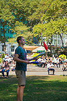 Free juggling lessons in Bryant Park, New York