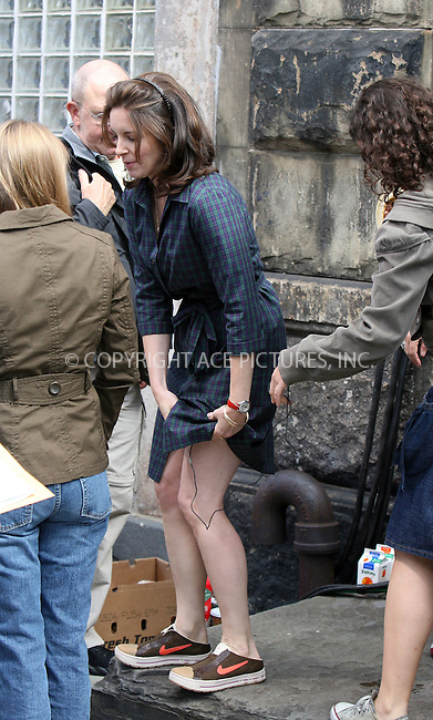 WWW.ACEPIXS.COM ** ** ** ......***EXCLUSIVE COVERAGE - PLEASE PHONE BEFORE USE***....May 21 2007, New York City....Actor Tina Fey has wiring problems on the set of her new movie 'Baby Mama' in which Fey plays a single professional woman who hires a surrogate mother (Amy Poehler) to allow her to have a baby and keep her career.........Please byline: Philip Vaughan -- ACEPIXS.COM.. *** ***  ..Ace Pictures, Inc:  ..tel: (646) 769 0430..e-mail: info@acepixs.com..web: http://www.acepixs.com