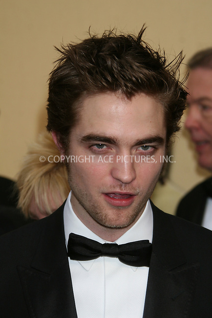 WWW.ACEPIXS.COM . . . . .  ....February 22, 2009. Hollywood, CA....Actor Robert Pattinson arrives at the 81st Annual Academy Awards held at the Kodak Theater on February 22, 2009 in Hollywood, CA.......Please byline: Z09- ACEPIXS.COM.... *** ***..Ace Pictures, Inc:  ..Philip Vaughan (646) 769 0430..e-mail: info@acepixs.com..web: http://www.acepixs.com