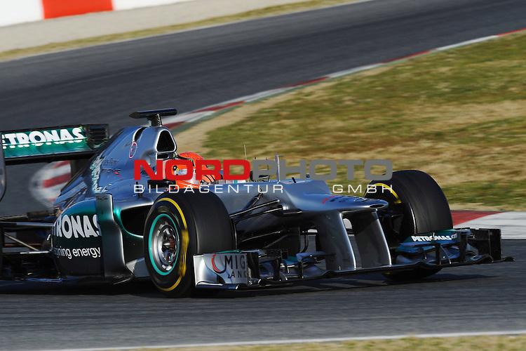 21.02.2012, Circuit De Catalunya, ESP, Barcelona, Formula 1, Testfahrten 2012, im Bild Michael Schumacher (GER), Mercedes GP  Foto © nph / Mathis
