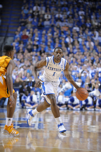 UK's Darius Miller with the ball during the first half of the University of Kentucky Men's basketball game against Tennessee at Rupp Arena in Lexington, Ky., on 2/8/11. Uk led at half 35-28. Photo by Mike Weaver | Staff