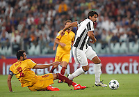 Calcio, Champions League: Juventus vs Siviglia: Torino, Juventus Stadium, 14 settembre 2016. <br /> Juventus&rsquo; Sami Khedira, right, is tackled by Sevilla's  Vicente Iborra during the Champions League Group H football match between Juventus and Sevilla at Turin's Juventus Stadium, 16 September 2016.<br /> UPDATE IMAGES PRESS/Isabella Bonotto