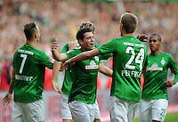 FUSSBALL   1. BUNDESLIGA   SAISON 2012/2013   4. SPIELTAG SV Werder Bremen - VfB Stuttgart                         23.09.2012        Zlatko Junuzovic und Nils Petersen (v.l., beide SV Werder Bremen) jubeln nach dem 2:0