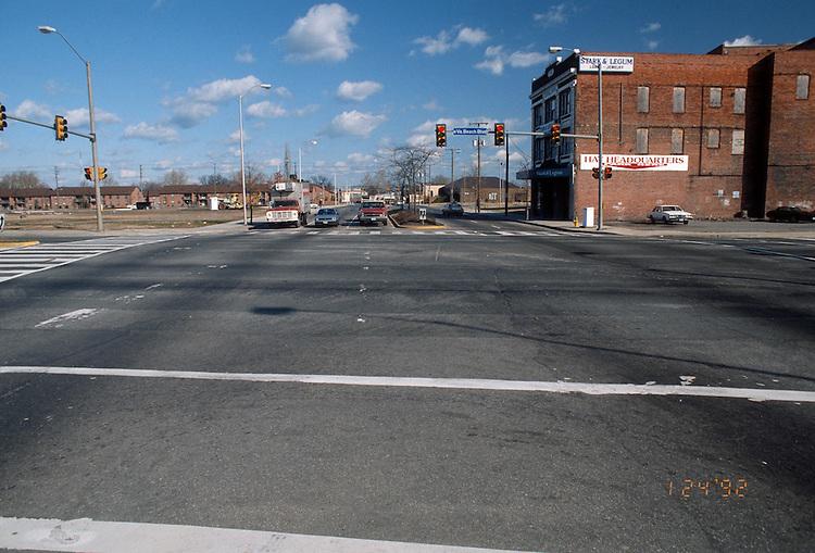 1992 January ..Redevelopment.Huntersville 1&2 (R-70)..STREET IMPROVEMENTS.CHURCH STREET.LOOKING SOUTH .FROM VIRGINIA BEACH BLVD...NEG#.NRHA#..