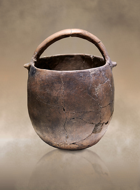 Neolithic terracotta pot with handle. 6000 BC. Catalhoyuk Collections. Museum of Anatolian Civilisations, Ankara