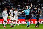 Fifa Referee Anthony Taylor of England (R) gets a yellow card for Daniel Carvajal of Spain (L) during the International Friendly 2018 match between Spain and Argentina at Wanda Metropolitano Stadium on 27 March 2018 in Madrid, Spain. Photo by Diego Souto / Power Sport Images