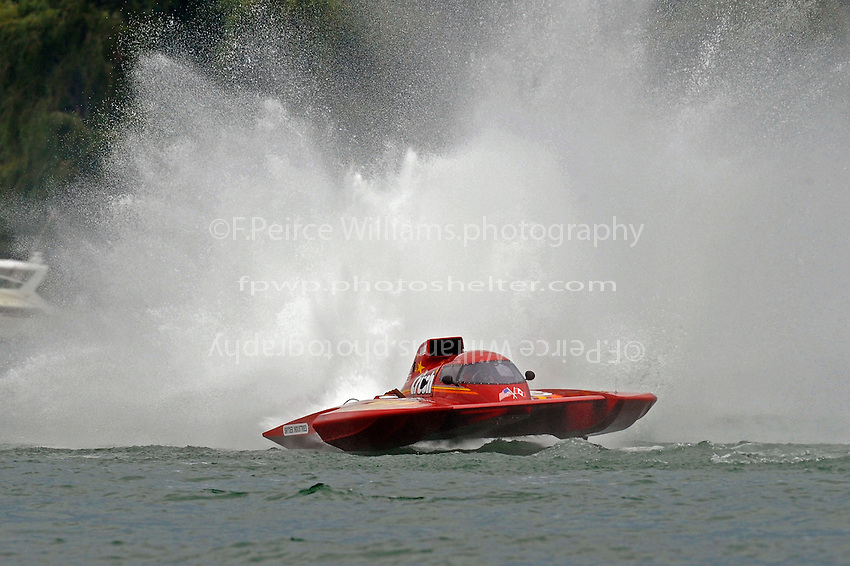 "Mike Monohan, GP-777 ""The Crush"" (Grand Prix Hydroplane(s)"