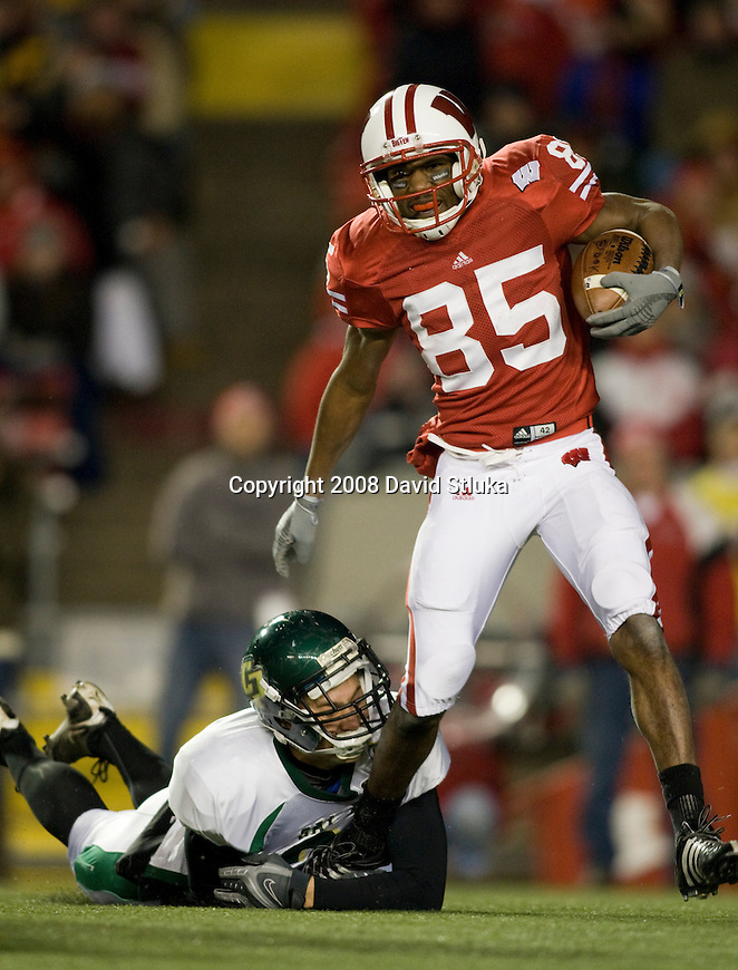 MADISON, WI - NOVEMBER 22: Kick returner David Gilreath #85 of the Wisconsin Badgers returns a kick agains the Cal Poly Mustangs at Camp Randall Stadium on November 22, 2008 in Madison, Wisconsin. Wisconsin beat Cal Poly 36-35 in overtime. (Photo by David Stluka)