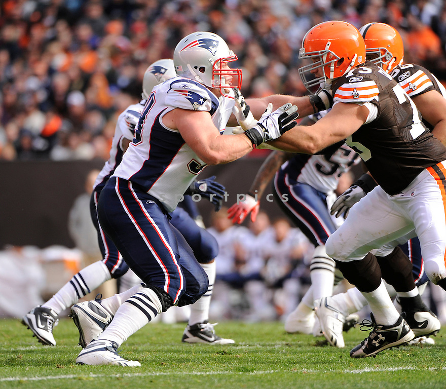 MIKE WRIGHT, of the New England Patriots, in action during the Patriots game against the Cleveland Browns on November 7, 2010 at Cleveland Browns Stadium in Cleveland, Ohio.  ..The Browns beat the Patriots 34-14...