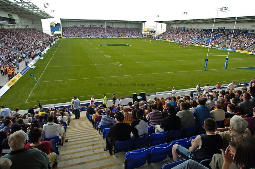 Photo. Jed Wee..St Helens v Huddersfield Giants, Powergen Challenge Cup Semi-final, 25/04/2004..Warrington's Halliwell Jones Stadium.