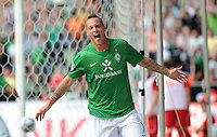 FUSSBALL   1. BUNDESLIGA   SAISON 2011/2012    3. SPIELTAG SV Werder Bremen - SC Freiburg                             20.08.2011 Marko ARNAUTOVIC (Bremen) jubelt nach seinem Tor zum 3:2