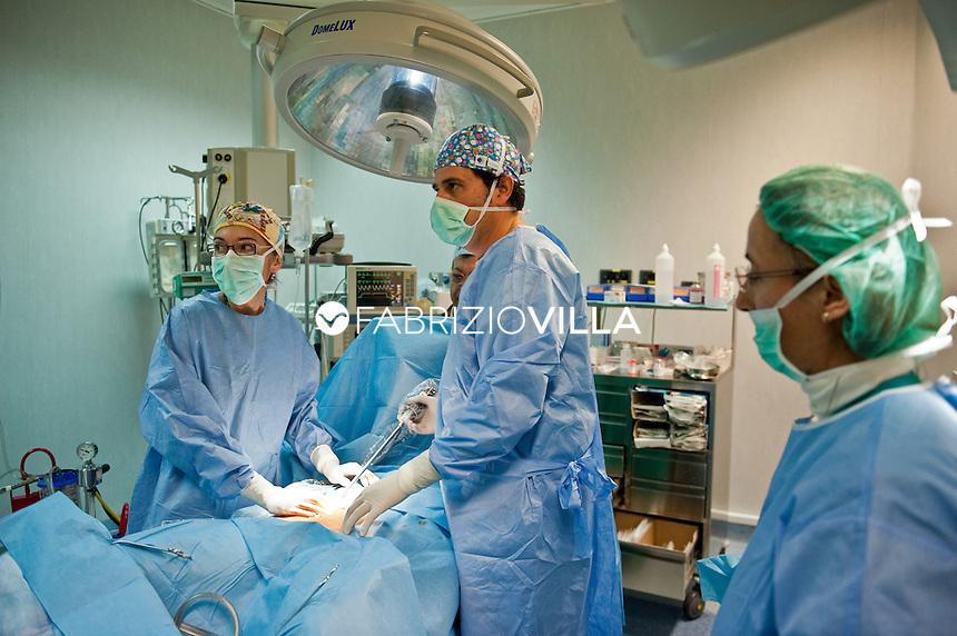 Intervento chirurgico in laparoscopia.