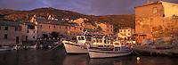 Europe/France/Corse/2B/Haute-Corse/Cap Corse/Centuri: Le port vu de nuit