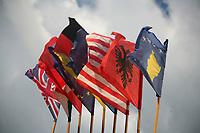 Serbia Kosovo maggio 2008 Pristina Kosova Bandiere , bandiera kosovara e dell'Unione Europea