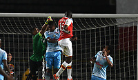 BOGOTA - COLOMBIA - 30 - 11 - 2017: Hector Urrego (Der.) jugador de Independiente Santa Fe, anota gol a Sebastian Lopez (Izq.) portero de Jaguares F. C., durante partido de vuelta de los cuartos de final entre Independiente Santa Fe y Jaguares F. C., de la Liga Aguila II 2017 en el estadio Nemesio Camacho El Campin de la ciudad de Bogota.  / Hector Urrego (R) player of Independiente Santa Fe, anota gol a Sebastian Lopez (L) goalkeeper of Jaguares F. C.,  during a match between Independiente Santa Fe y Jaguares F. C., of the quarter of finals for the Liga Aguila II 2017 at the Nemesio Camacho El Campin Stadium in Bogota city, Photo: VizzorImage / Luis Ramirez / Staff.