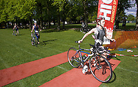 03 MAY 2009 - CALNE,GBR - Natalie Barnard (Loughborough University) returns for T2 - BUCS Sprint Triathlon Championships '09. (PHOTO (C) NIGEL FARROW)