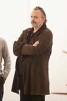 Feria Internacional de Arte Contemporáneo, ARCOmadrid,  Miguel Bose visitando la feria y hablando con el Galerista Norberto Dotoz Perez, Madrid, España 20 febreo 2014 Ifema (C) Nacho Lopez/DyD Fotografos