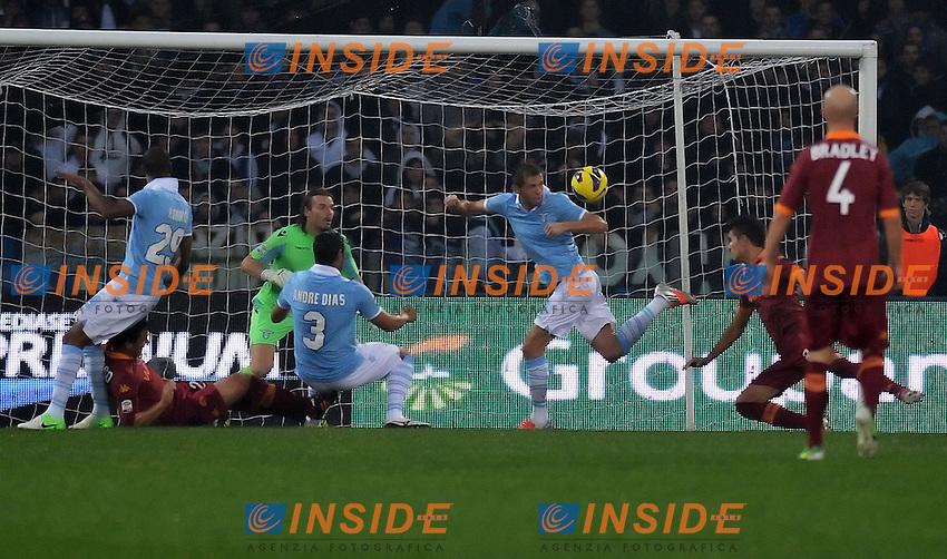 gol di Erik Lamela Roma 0-1.Goal celebration.Roma 11/11/2012 Stadio Olimpico.Football Calcio 2012/2013 Serie A .Lazio Vs Roma.Foto Andrea Staccioli Insidefoto