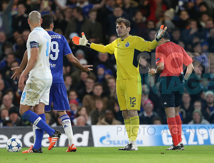 Chelsea's Diego Costa tussles with Porto's Iker Casillas and gets booked<br /> <br /> UEFA Champions League - Chelsea v FC Porto - Stamford Bridge - England - 9th December 2015 - Picture David Klein/Sportimage