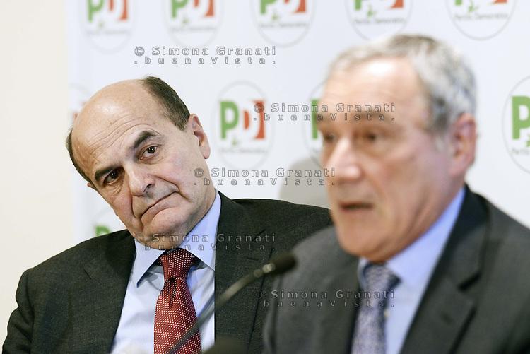 Roma, 28 Dicembre 2012.Piero Grasso, procuratore nazionale antimafia in conferenza stampa congiunta con Pier Luigi Bersani, si candida nella lista del PD