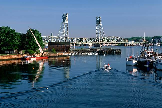 The Piscataqua River at Strawbwerry Banke, Portsmouth, New Hampshire, USA