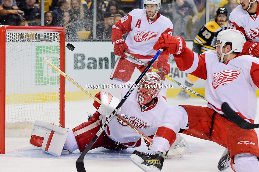 Wednesday, September 28, 2016: Detroit Red Wings goalie Jared Coreau (31) makes a save during the NHL game between the Detroit Red Wings and the Boston Bruins held at TD Garden, in Boston, Massachusetts. Eric Canha/CSM