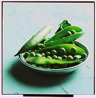Gastronomie Générale: Petit pois ou pois rond - Stylisme : Valérie LHOMME