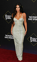 NOV 10 45th Annual People's Choice Awards - Arrivals