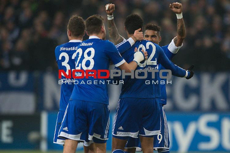 11.12.2013, VELTINS  Arena, Gelsenkirchen, GER, UEFA CL, FC Schalke 04 vs. FC Basel, im Bild Jubel / Torjubel Roman Neust&auml;dter / Neustaedter (#33 Schalke), Adam Szalai (#28 Schalke), Joel Matip (#32 Schalke), Kevin-Prince Boateng (#9 Schalke) nach dem 2-0 durch Joel Matip (#32 Schalke)<br /> <br /> <br /> Foto &copy; nordphoto / Kurth