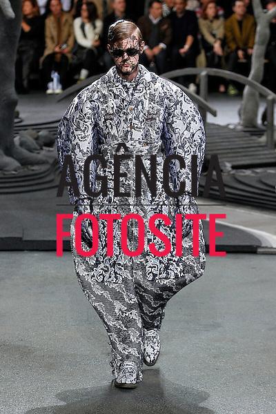 Paris, Franca &ndash; 01/2014 - Desfile de Thom Browne durante a Semana de moda masculina de Paris - Inverno 2014. <br /> Foto: FOTOSITE