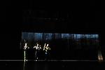 LA DOUCEUR PERM&Eacute;ABLE DE LA ROS&Eacute;E<br /> <br /> Chor&eacute;graphie : Paco D&egrave;cina<br /> avec : Vincent Del&eacute;tang, J&eacute;r&eacute;my Kouyoumdjian et Sylv&egrave;re Lamotte<br /> cr&eacute;ation lumi&egrave;re : Laurent Schneegans<br /> cr&eacute;ation son : Fred Malle<br /> cr&eacute;ation vid&eacute;o : Serge Meyer<br /> Lieu : Theatre 71<br /> Ville : Malakoff<br /> Le 02/03/2015
