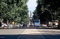 milano, veduta di corso sempione verso il castello sforzesco --- milan, view of sempione avenue towards the sforza castle