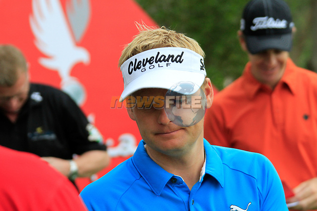 Soren Kjeldsen waits to tee off on the 10th tee to start his round during Thusday Day 1 of the Abu Dhabi HSBC Golf Championship, 20th January 2011..(Picture Eoin Clarke/www.golffile.ie)