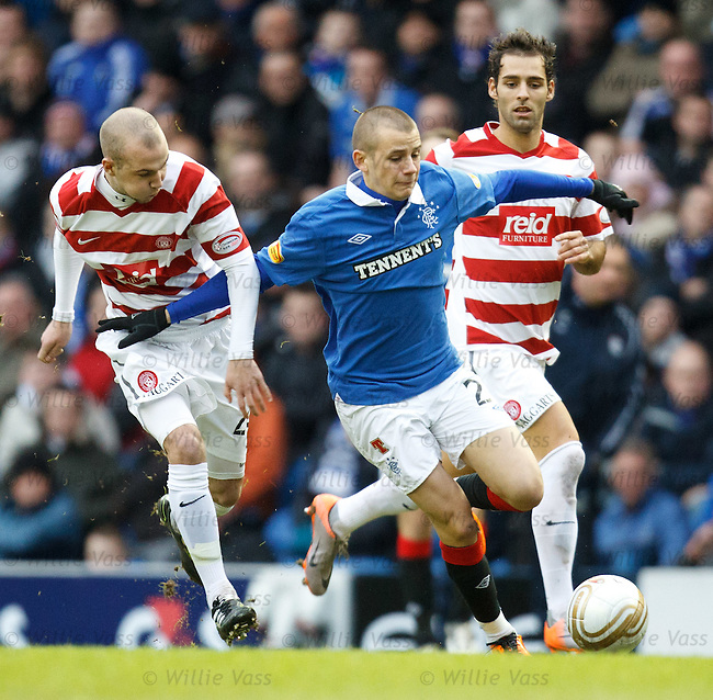 Vladimir Weiss takes on the Hamilton defence