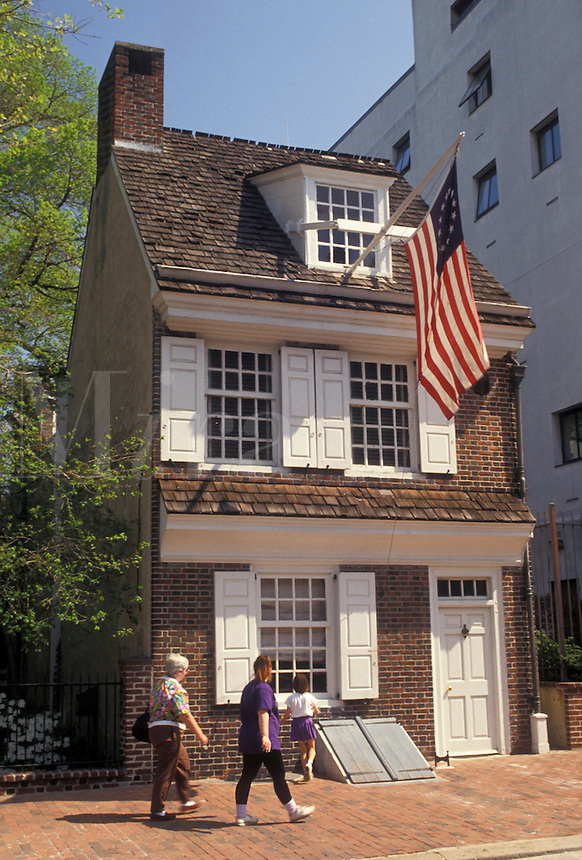 AJ4311, Philadelphia, Betsy Ross, American Flag, Pennsylvania, The Betsy Ross House a colonial home in historical downtown Philadelphia in the state of Pennsylvania.