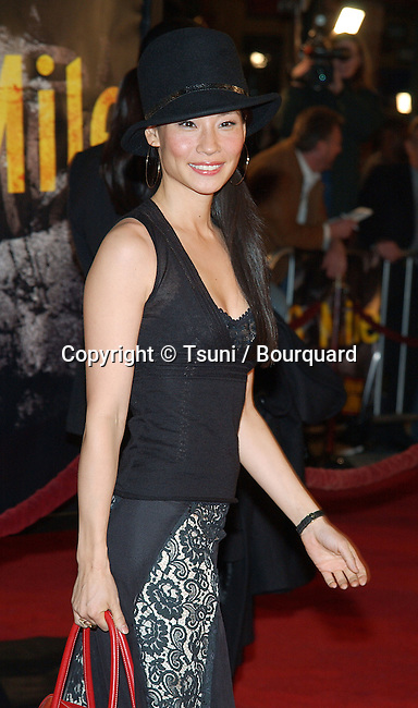 Lucy Liu arriving at the 8 Mile Premiere at the Westwood Village Theatre in Los Angeles. November 6, 2002.           -            LiuLucy093.jpg