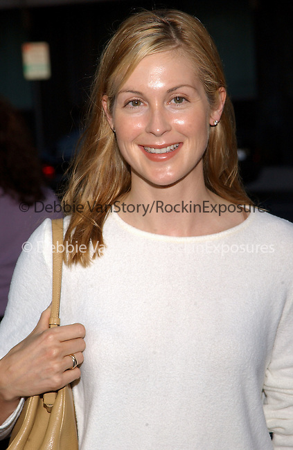 Kelly Rutherford arrives at the LA Premiere of Road to Perdition held at the Academy of Motion Pictures Arts and Sciences in Beverly Hills ,California on June 10,2002.Photo by Hollywood Press Agency