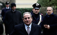 L'Ambasciatore di Grecia Michale E. Cambanis parla ai giornalisti all'esterno dell'Ambasciata, a Roma, 27 dicembre 2010, dopo il disinnesco di un pacco bomba..Greek ambassador to Italy Michale E. Cambanis walks off the Greek Embassy in Rome, Monday, Dec. 27, 2010. A package bomb was found at the Embassy four days after similar mail bombs exploded at Switzerland and Chile's embassies injuring two people. The device was defused and no one was injured..© UPDATE IMAGES PRESS/Riccardo De Luca