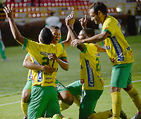 IBAGUE -COLOMBIA, 7-09-2016  Omar Duarte del Atlético Huila celebra su gol contra el Junior durante  el encuentro  por   la Liga Aguila II 2016 disputado en el estadio Murillo Toro./ Omar Duarte player of Atletico Atletico Huila celebrates his goal against Junior      during match for the  Aguila League II 2016 played at Murillo Toro stadium. Photo:VizzorImage / Juan Carlos Escobar  / Contribuidor