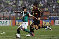 ATENÇÃO EDITOR: FOTO EMBARGADA PARA VEÍCULOS INTERNACIONAIS - SÃO PAULO, SP, 06 DE SETEMBRO DE 2012 - CAMPEONATO BRASILEIRO - PALMEIRAS x SPORT: Luan (e) durante partida Palmeiras x Sport Recife, válida pela 22ª rodada do Campeonato Brasileiro no Estádio do Pacaembú. FOTO: LEVI BIANCO - BRAZIL PHOTO PRESS