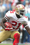 October 24, 2010; San Francisco 49ers running back Frank Gore (21) looks upfield at Bank of America Stadium in Charlotte,NC. Carolina picks up its first win 23-21 over the 49ers..Jim Dedmon/CSM