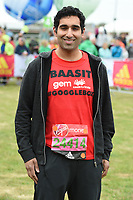 Baasit Sadiqui at the start of the 2017 London Marathon on Blackheath Common, London, UK. <br /> 23 April  2017<br /> Picture: Steve Vas/Featureflash/SilverHub 0208 004 5359 sales@silverhubmedia.com