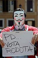 Roma 18 Aprile 2013.Proteste davanti a Montecitorio  per la candidatura di Franco Marini alla Presidenza della Repubblica da parte del Partito Democratico.Manifestanti in favore di Stefano Rodotà